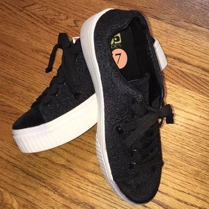 Joe's black platform sneakers